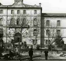 Metamorfosis arquitect nica nuevos usos culturales para - Escuela superior de arquitectura de san sebastian ...