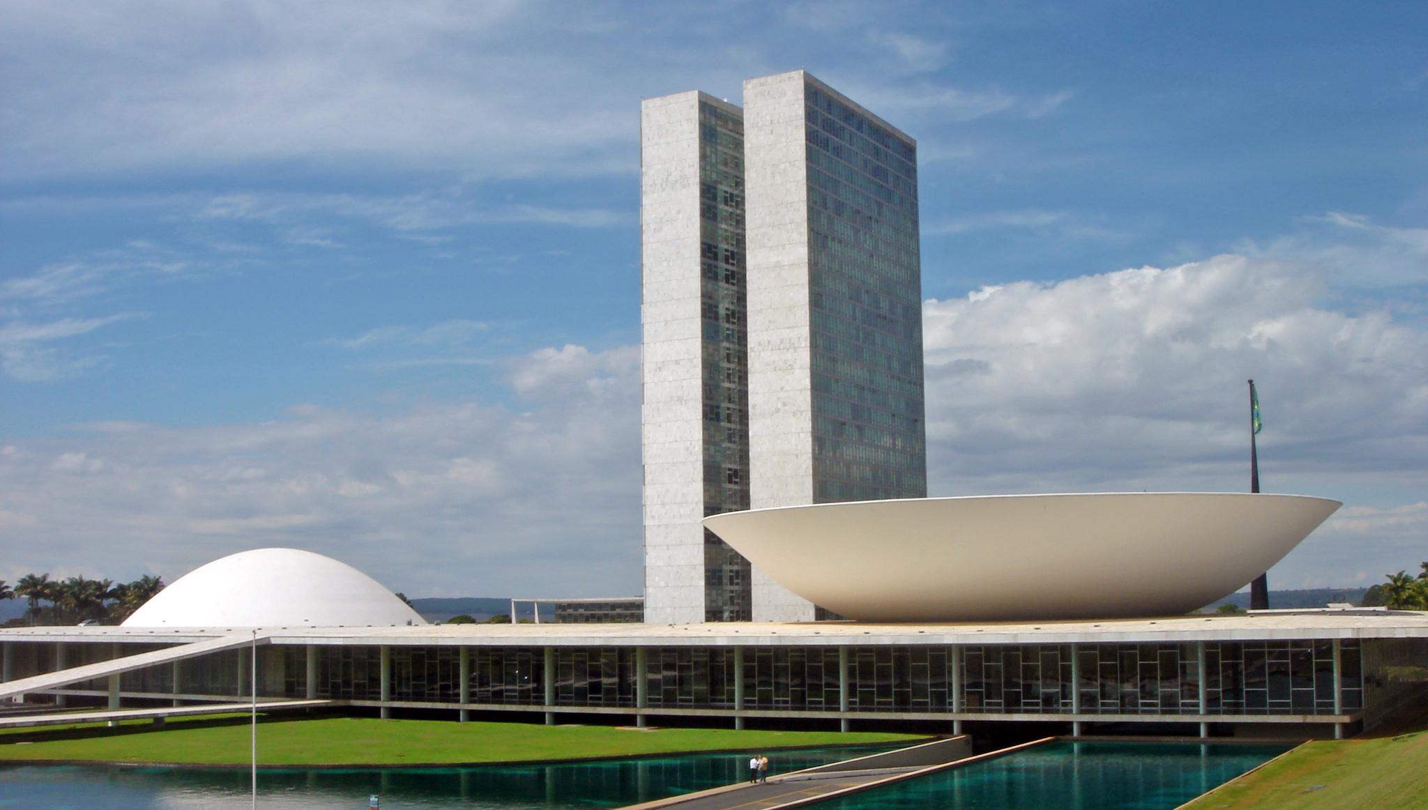 Oscar niemeyer - Arquitecto de brasilia ...